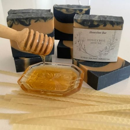 handcrafted all natural Austarlian made body soap - honeybee body bar
